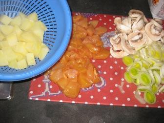 Key ingredients: potatoes, chicken, mushrooms, and LEEKS